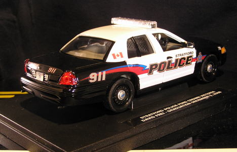 1:26 scale Ford Crown Victoria C$55.00 (limited)